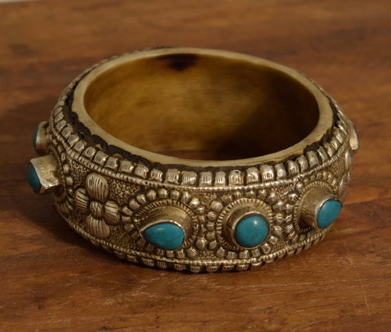 Tibetan Bracelet Silver Turquoise Hand Crafted Stone Silver Round Bangle Bracelet