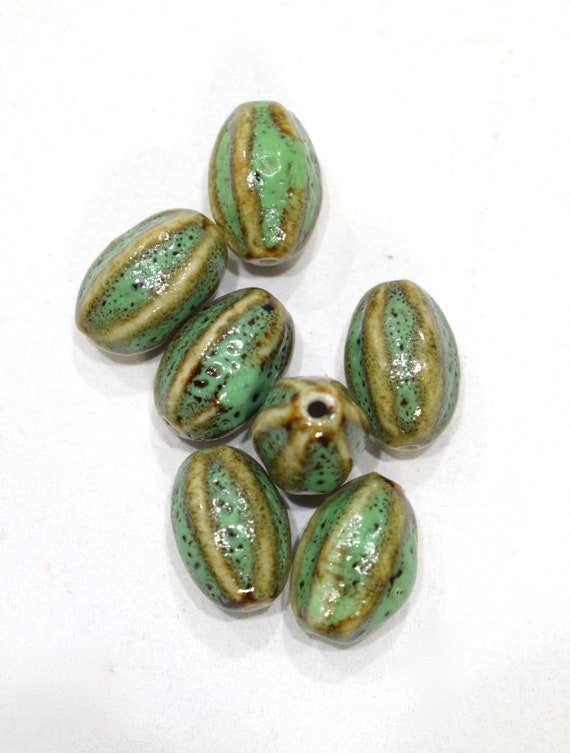 Beads Green Porcelain Oval Beads 19-20mm
