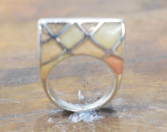 Ring Sterling Silver Inlaid Pink Stone Ring