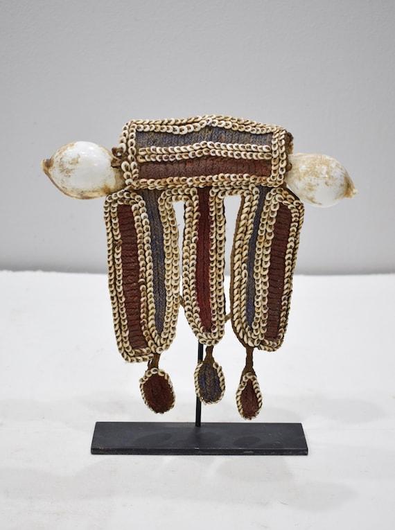 Papua New Guinea Fofana Male Shell Front Ornament Benabena Tribe