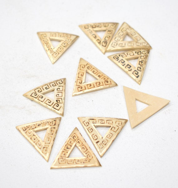 Beads Philippine Etched Wood  Triangle Beads 22mm