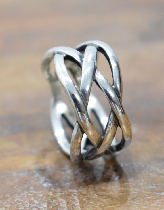 Ring Steerling Silver Woven Hill Tribe Ring