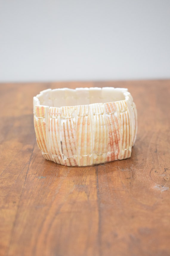 Bracelet Natural Clam Shell Stretch Bracelet