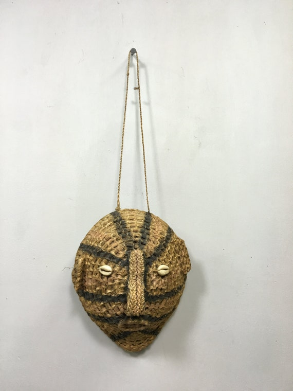 Papua New Guinea Mask Woven Fiber Coconut Shell Cowrie Shell Womens Mask 9  1/2""