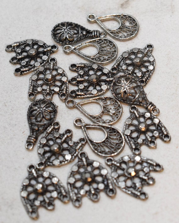 Beads Silver Assorted Beads 20- 22mm