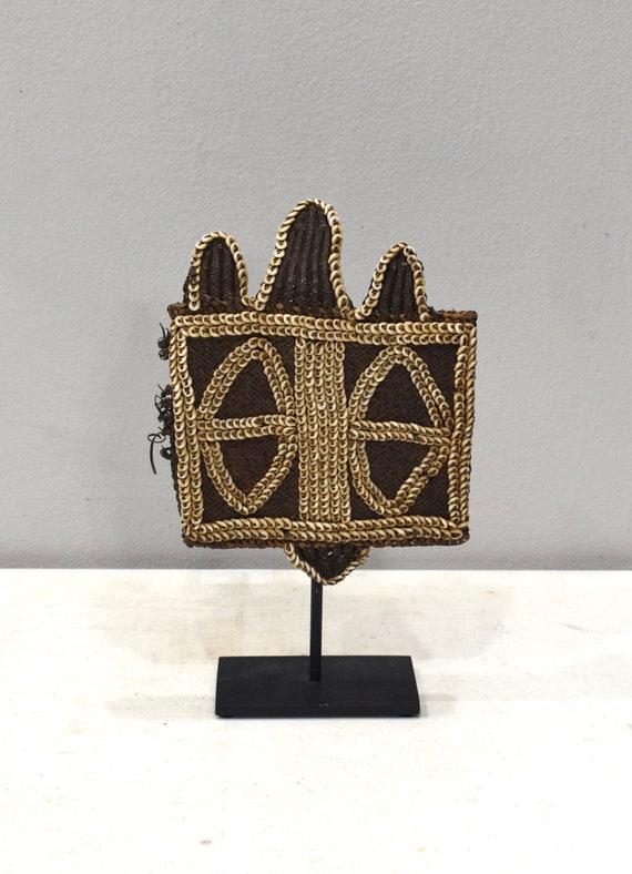 Papua New Guinea Armband Twine Cowrie Shell Armband