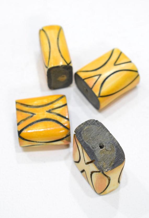 Beads Indonesian Yellow Stripe Bone Beads 29-30mm