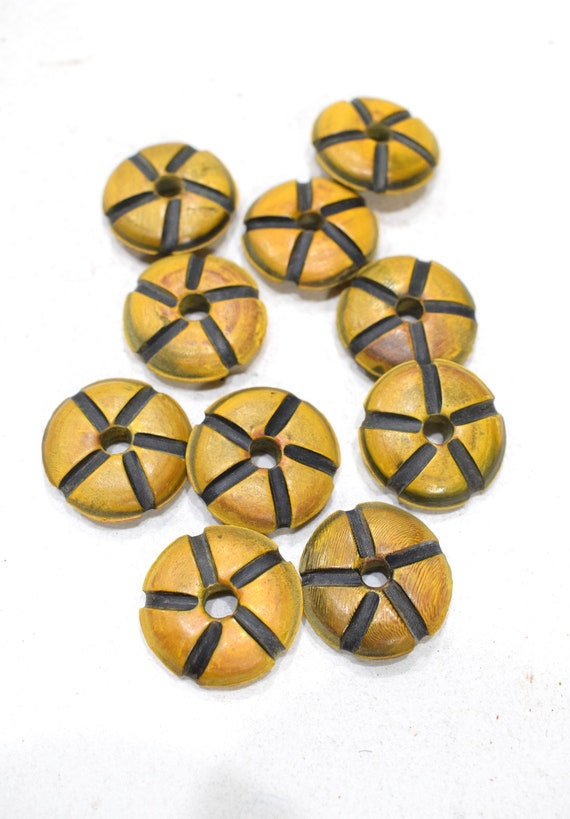 Beads Indonesian Yellow Horn Beads 22-23mm
