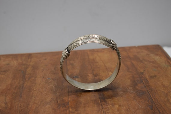 Bracelet Silver Etched Bangle Miao Hill Tribe