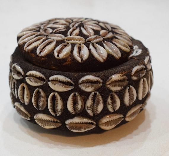 "African Cowrie Shell Gourd Box Ritual Kenya 3"""