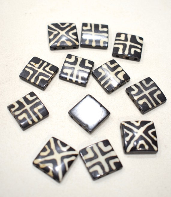 Beads African Old Batik Square Beads 19-20mm