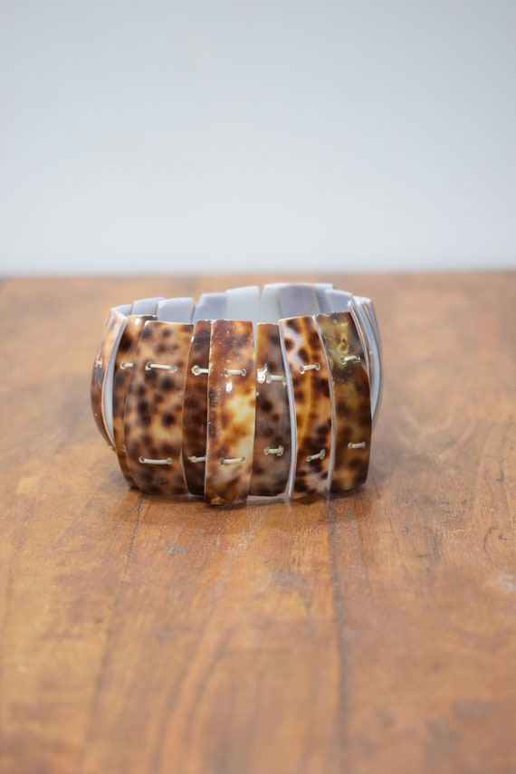 Bracelet Natural Cowrie Tiger Shell Stretch Bracelet