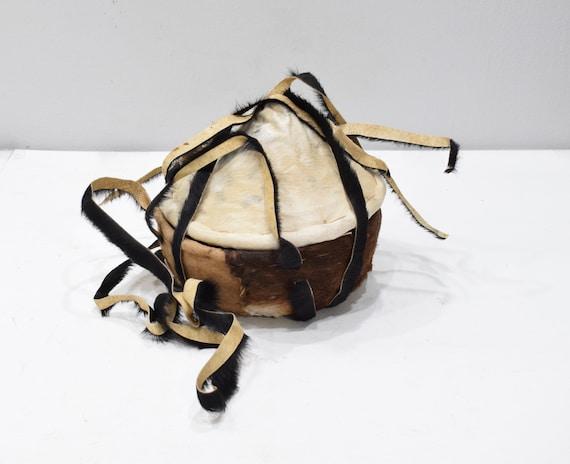 Basket African Ethiopian Gurage Goat Skin Coverd Lunch BoxAfrican Basket Gurage Ethopian Lunch Box Goat Skin Covered Grass Basket