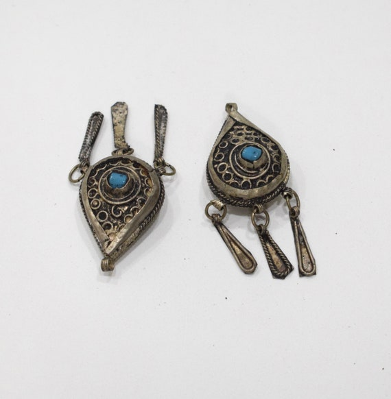 Beads Silver Bedouin Pendants Blue/Red Stones 60mm