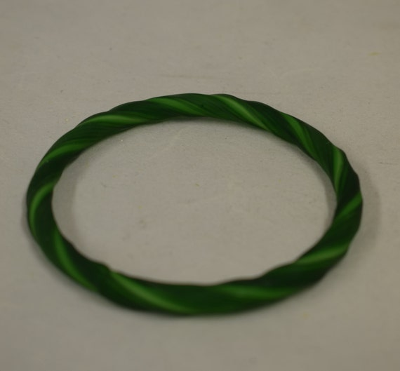 Bracelet Green Hand Blown Glass  China Handmade Ribbon Design Bangle Jewelry Vintage Glass Green Bracelet