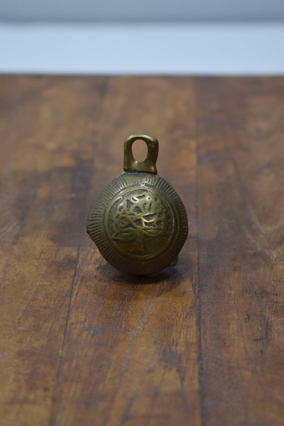 Bell Bronze India Religous Ceremonial Royality Bell