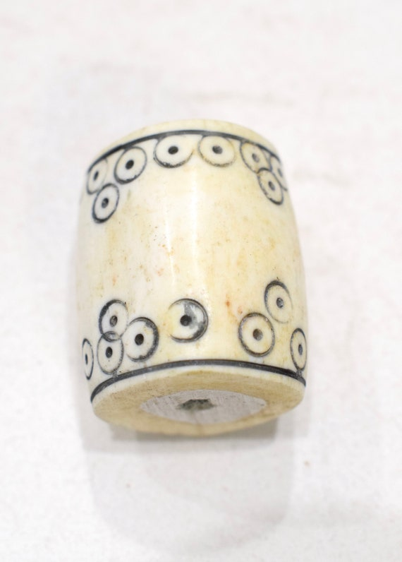Beads Indonesian Large Bone Tattooed Bead  34-38mm