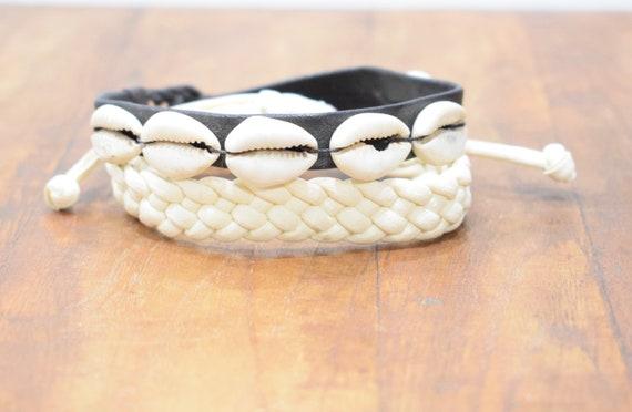 Bracelet 2 Assorted Leather Bracelets