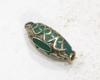 Beads Green Stone Middle Eastern Silver Triangle Beads 28mm