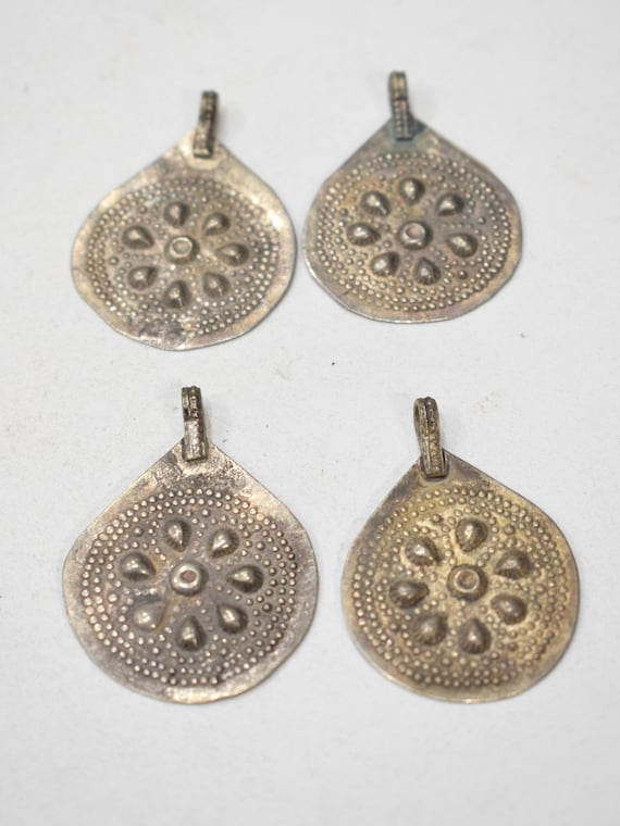 Beads Middle Eastern Kuchi Silver Round Pendants 40mm