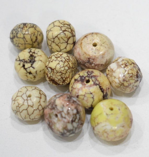 Beads Kaolin White/Brown Round Clay Vintage 12mm - 13mm