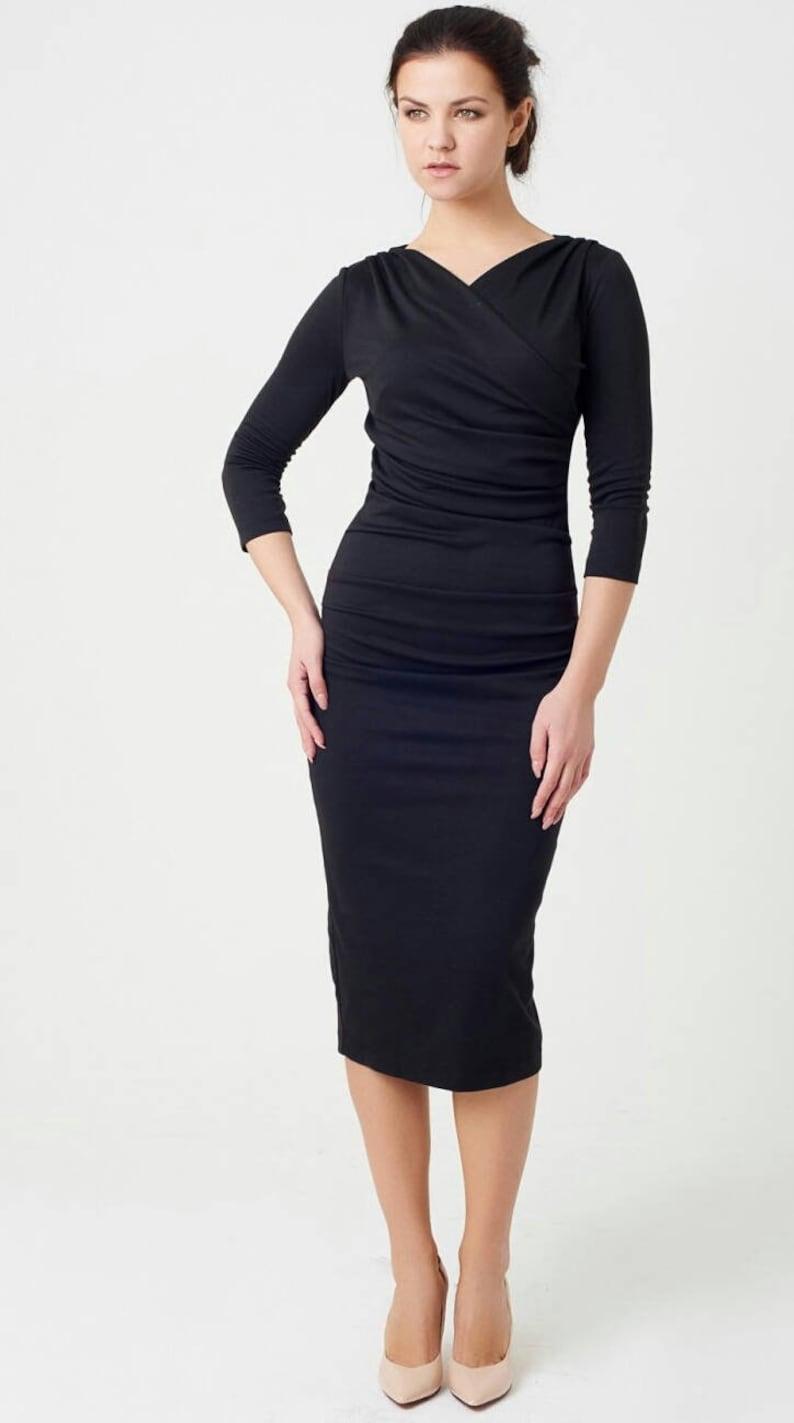 2c1d97ab6d Vestito longuette nero abito in maglia abito di primavera | Etsy