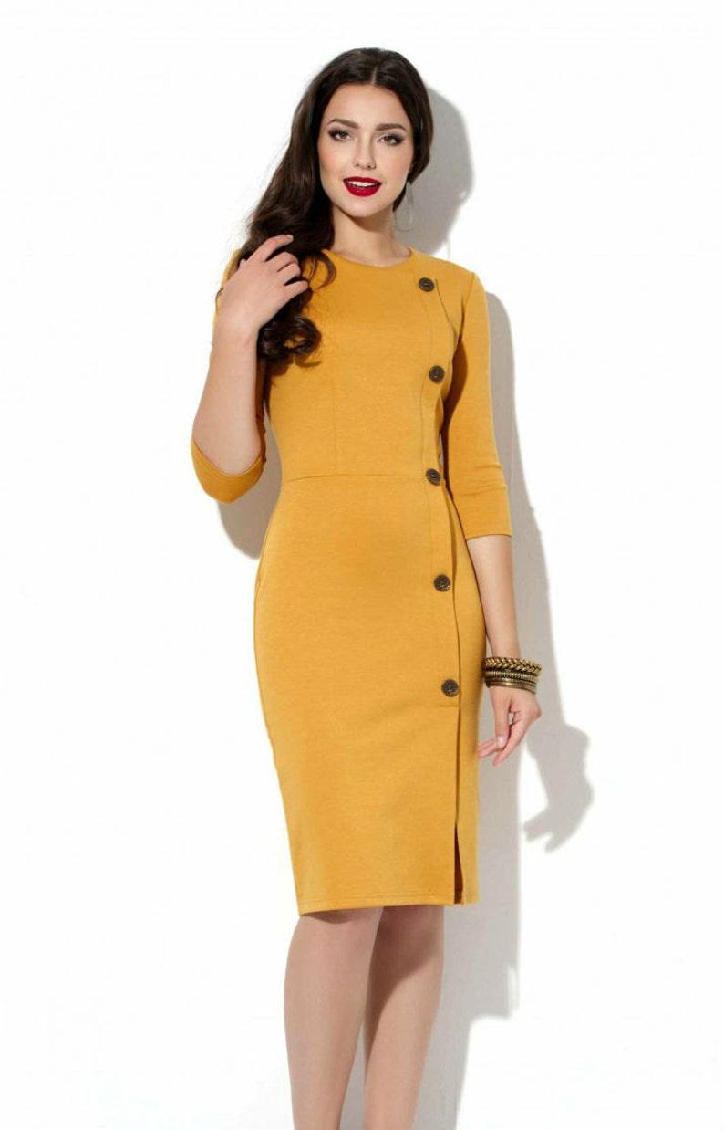 12a7ef243 Vestido de punto de la mostaza oficina de vestido amarillo