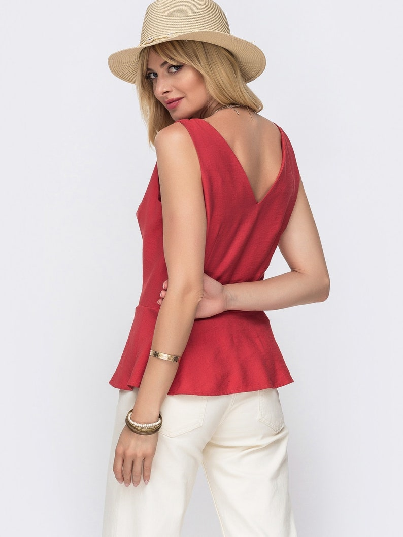 Linen red top Summer top for woman Red blouse with buttons Everyday top Blouse party Occasion blouse Sleeveless top fashionable Casual top