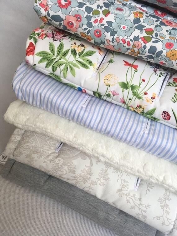 liner de fait sur mesure pour sadapter la poussette. Black Bedroom Furniture Sets. Home Design Ideas