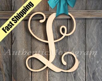 Wooden SINGLE VINE LETTER Monogram, Home Decor, Anniversary Decor, Engagement Prop Monogram, Door Hanger, Guarden 131112