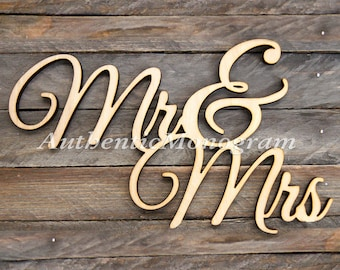 Wedding Decor - Mr & Mrs  Wooden Monogram Sign - Rustic Wedding Decor - Vintage Wedding decor - Elegant Wedding Decor  11092*