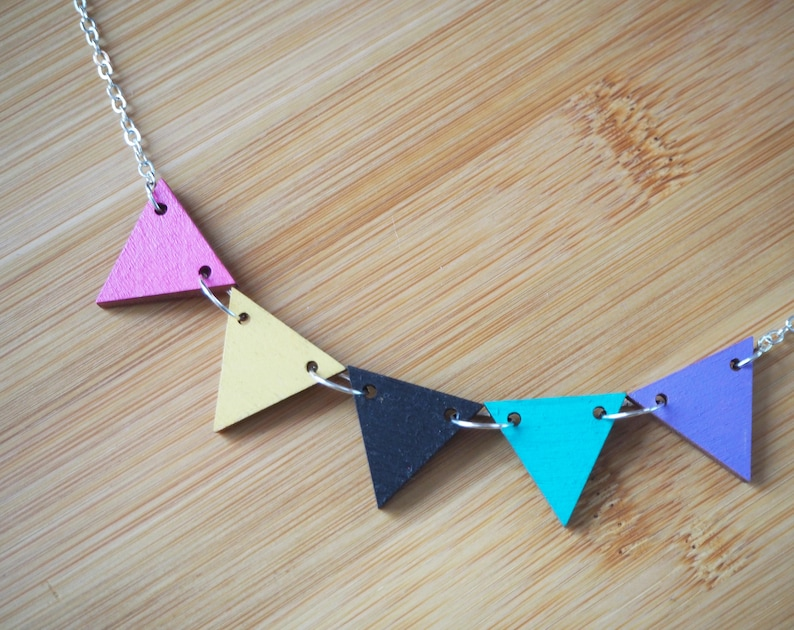 Handpainted Wooden Bunting Necklace1980's San Junipero image 0