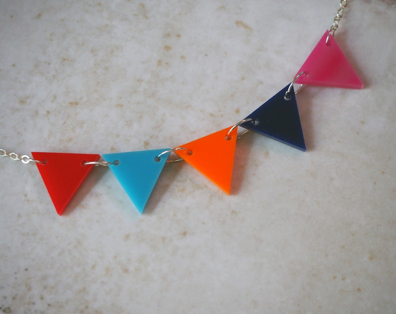 Bright Acrylic Bunting Necklace 1960's Mod Twiggy image 0