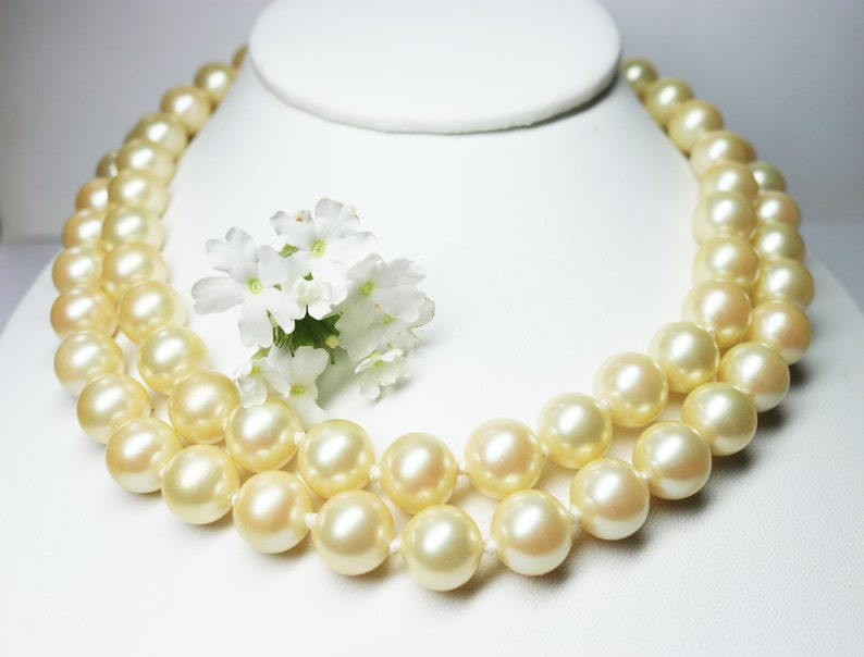 880940dc27d40 VINTAGE 1960s RARE Kenneth Jay Lane *signed* Double Strand Knotted  Simulated South Sea Pearl Necklace ~ Summer Jewelry & June Birthday Gift!