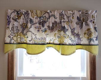 Valances.Chartreuse Chipper Window Treatment.Chartreuse and white.Designers pattern.Choose  your sizes.cm