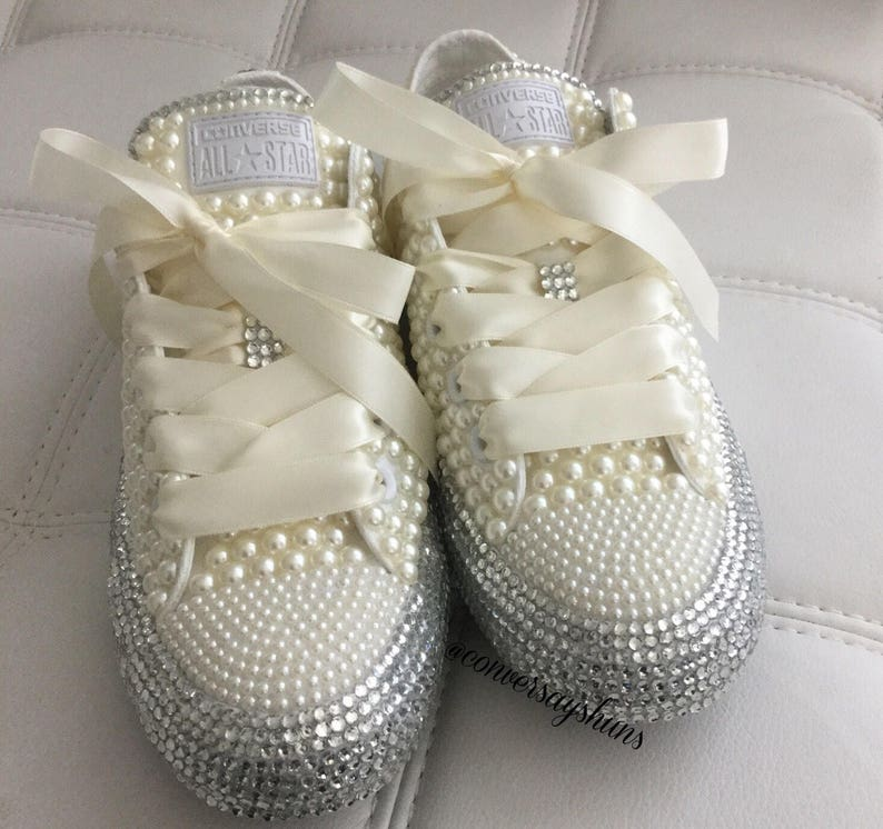 ec0941d763b2 Diamond and pearls Converse
