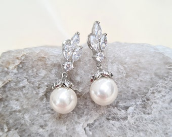 Wedding earrings, bridal pearl earrings, pearl drop earrings, pearl earrings, bridal earrings, bridal jewelry, pearl jewelry,  NOREEN