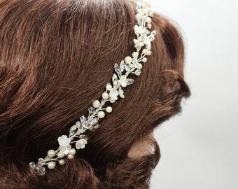 Bridal hair vine, wedding headpiece, bridal hair piece, dainty hair vine, bridal headpiece, delicate hair vine, pearl hair vine, SIMI