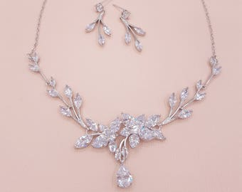 Bridal jewelry, wedding jewelry, bridal jewelry set, bridesmaid jewelry, zircon jewelry set, cz bridal set, zircon necklace, MAGGIE