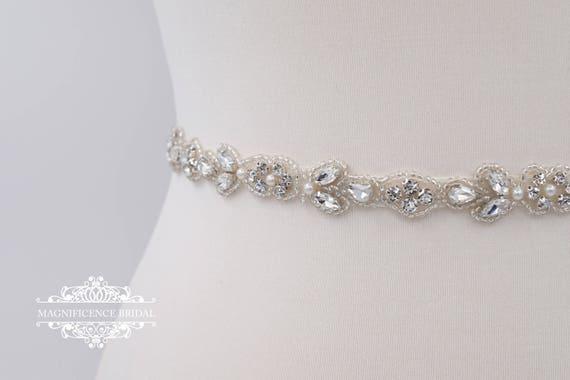 fff0fd84efb9 Fine ceinture nuptiale ceinture de mariée fine ceinture   Etsy