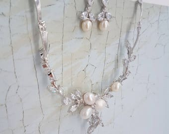 Pearl bridal set, bridal jewelry set, pearl necklace, pearl jewelry set, wedding jewelry set, cz bridal set, bridal jewelry, pearl set ZARA