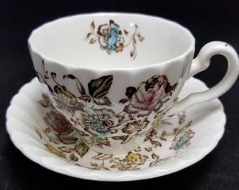 Johnson Brothers STAFFORDSHIRE BOUQUET Cup Saucer Set Brown Floral England EUC