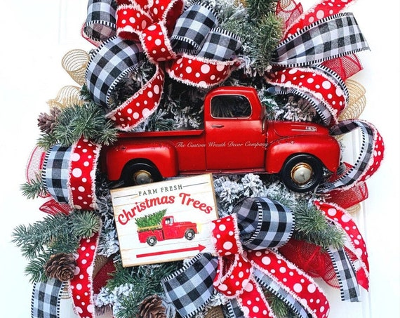 Red Truck Wreath, Vintage Truck Wreath, Red Truck Christmas Wreath, Christmas Tree Wreath, Buffalo Plaid Christmas Wreath