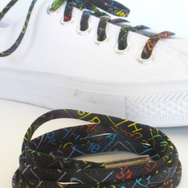a10a25a29699 Shoelaces covered in Periodic Table Images. Great Gift for