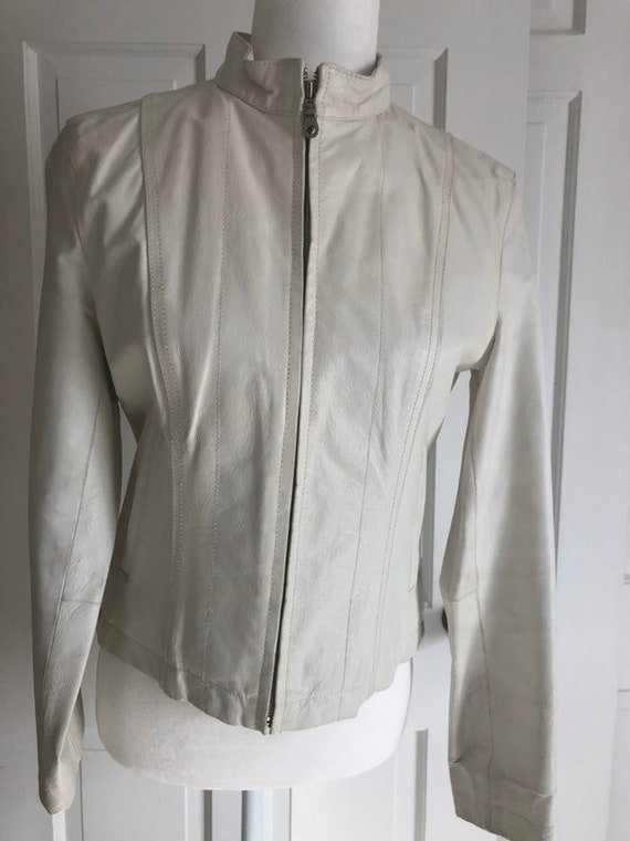 Vintage Wilson's Leather White Maxima Leather Wome