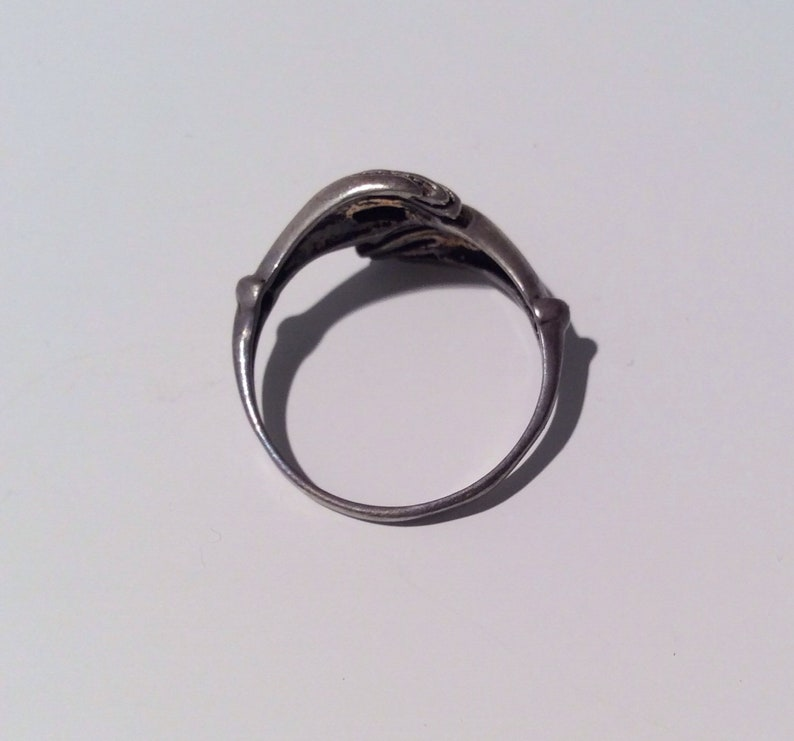 Size 9  friendship Sterling Silver Ring-Kochi Jewellery,tribal jewellery,Kochi Tribe Ring,Old glass Ring......