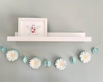 Daisy chain Garland - kids shelf decor - nursery wall decor - new baby gift - flower nursery decor - spring decor