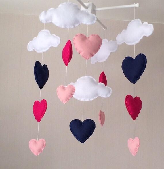 baby mobile kinderbett mobile wolken und herz mobile etsy. Black Bedroom Furniture Sets. Home Design Ideas