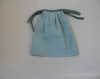 Green worsted Doll's Petticoat