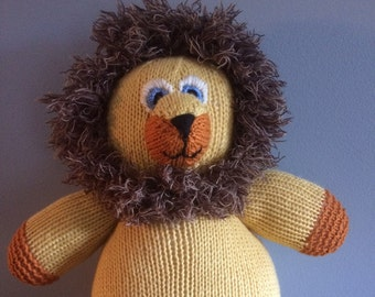 """Knitted Stuffed """"Larry"""" The Lion"""